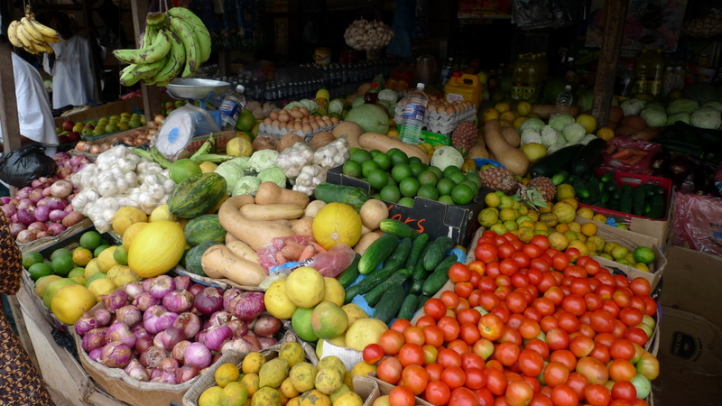 Fruit stall at Bakau Market